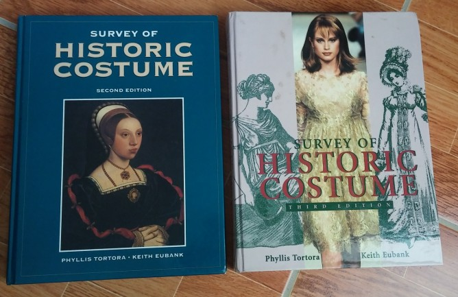 Books: SURVEY OF HISTORIC COSTUME